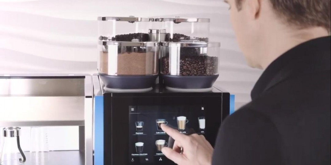 https://caffiacoffee.co.uk/wp-content/uploads/2019/09/WMF-9000S-Coffee-Machine-1080x540.jpg